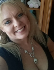 Elizabeth Karen from USA 45 y.o.